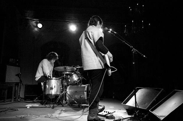 Kristian Goddard playing with Scout Niblett at Bush Hall London